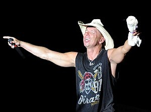 Kenny Chesney at Bayou Country Superfest