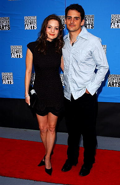 brad paisley and wife. house Brad Paisley is a busy