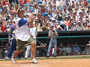 Charity Celebrity Softball/Vince Gill