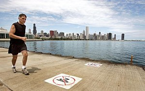Chicagoans Head To Lake As Summer Settles In
