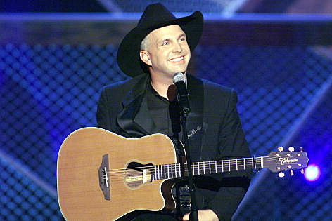 Garth Brooks back on a big stage (Getty Images)