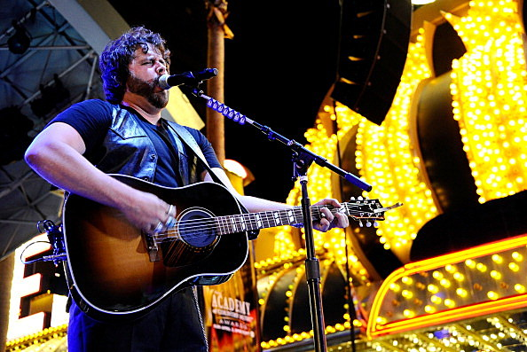 Randy Houser is part of the WYRK acoustic show (Getty Images)