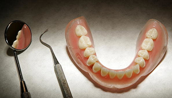 Boy's tooth missing for 3 years (Getty Images)