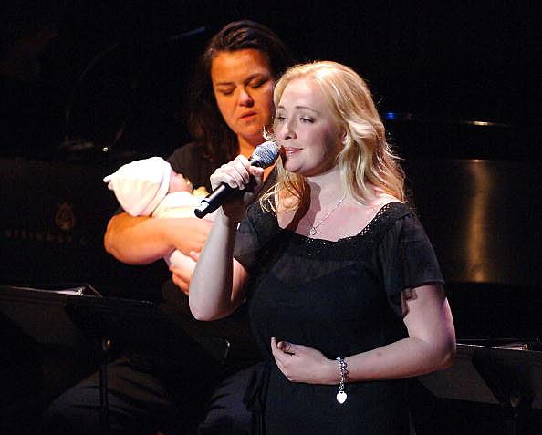 Mindy McCready singing