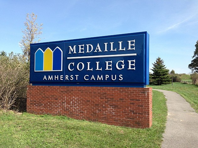 Medaille college sign