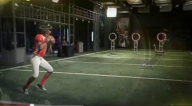 EJ Manuel throwing a ball
