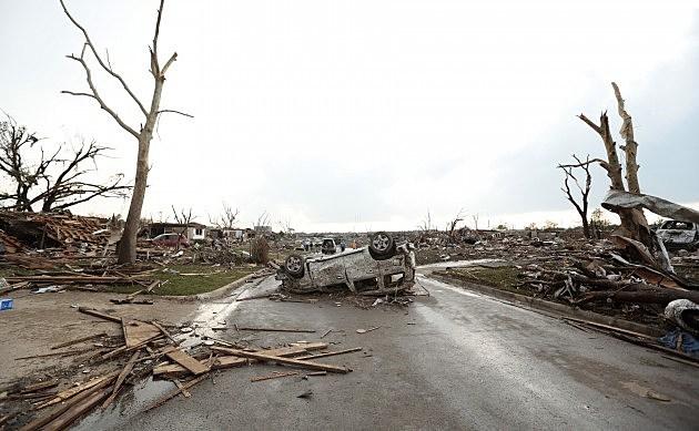 Tornado Outbreak Slams Through Oklahoma (Getty Images)