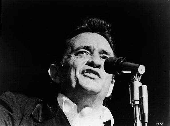 Headshot of Johnny Cash Singing (Getty Images)