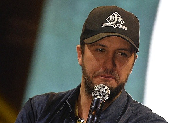 Luke Bryan's Re-written Version Of 'The Christmas Song'