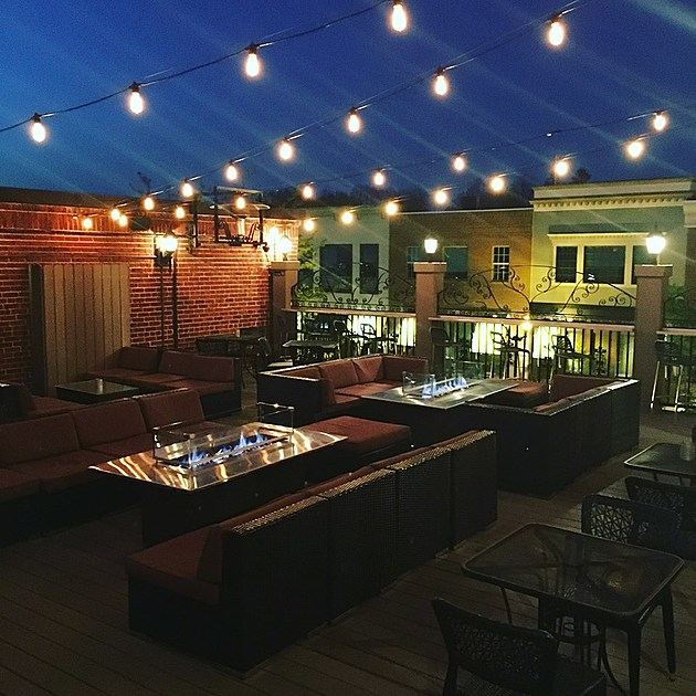 Mangia's rooftop has opened for the Summer!