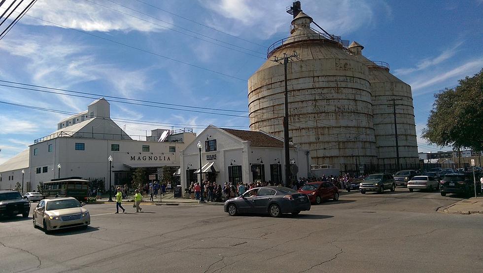 Car Smashes in to Magnolia Farms\' Fixer Upper Home