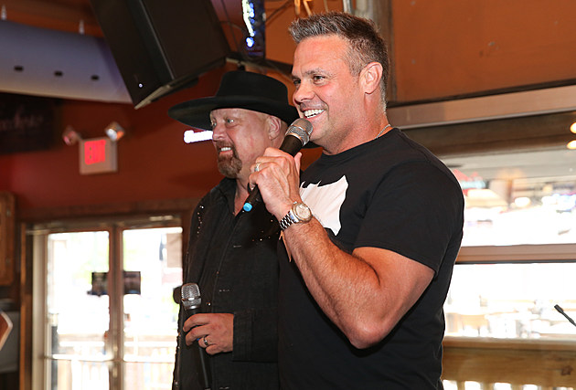 ACM Lifting Lives Dinner and Karaoke at Winners Bar With Montgomery Gentry
